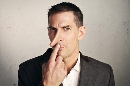 Lügner mit langer Nase Bild © kantver – Fotolia.com