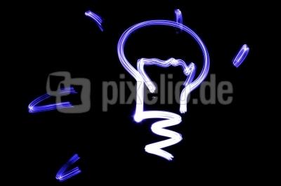 1–464556-Glühlampe-pixelio