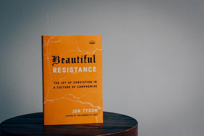 resist_teaser.png