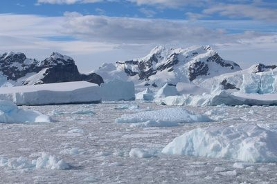 Neue Studie: Meereis um die Antarktis WÄCHST